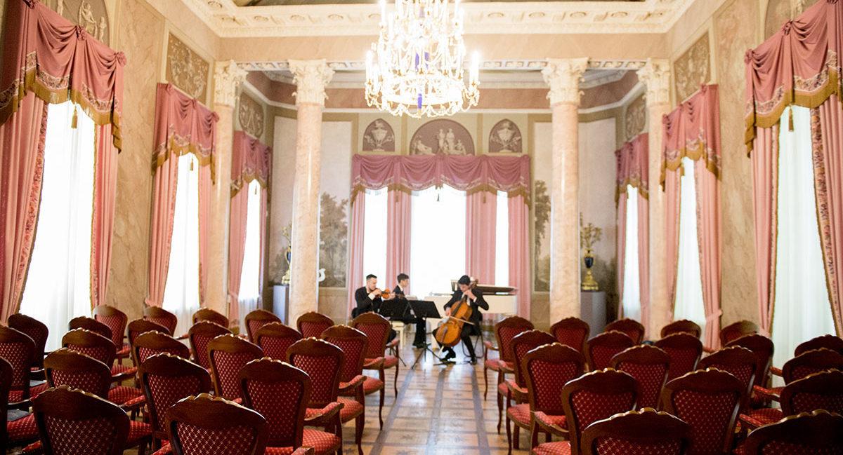 Концерт для аристократов во Дворце Дурасова. Фото - Светлана Мурси