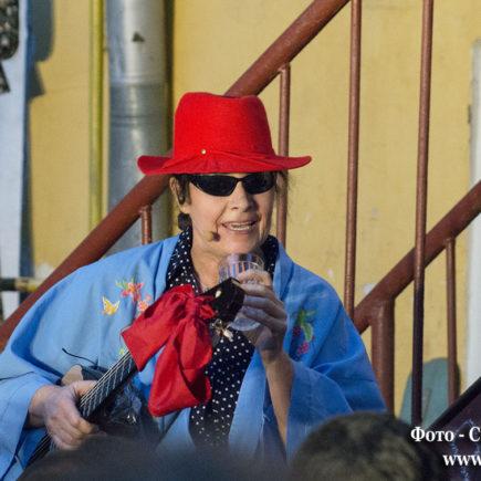 Песни нашего двора в Театре у Никитских ворот, лето 2014 г. Фото - Светлана Мурси